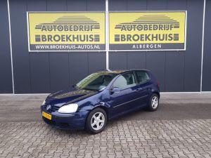 Schadeauto Volkswagen Golf 1.4 FSI Businessline