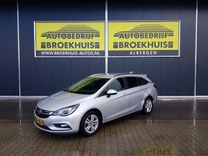 Schadeauto Opel Astra Sports Tourer 1.6 CDTI Business+