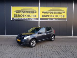Schadeauto Dacia Sandero 1.2 Lauréate