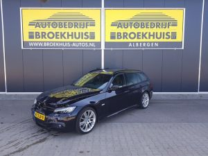 Schadeauto BMW 3 Serie Touring 318i Corporate Lease M Sport Edition