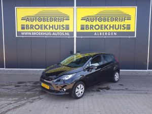 Schadeauto Ford Fiesta 1.6 TDCi ECOnetic Lease Trend