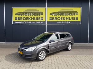Schadeauto Opel Astra Wagon 1.7 CDTi Business