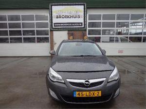 Opel Astra J 10-