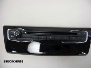 BMW 2-Serie Radiobedienings paneel