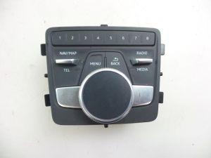 Audi A4 Navigatie bedienings paneel