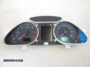 Audi A6 Tellerklok