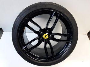 Ferrari 488 GTB Sportvelgenset + banden