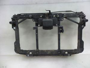 Mazda 6. Voorfront