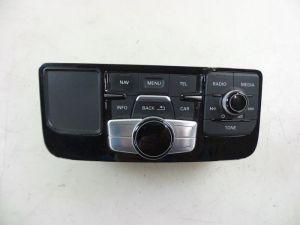 Audi A8 Navigatie bedienings paneel