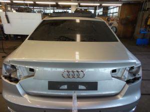 Audi A8 Achterklep