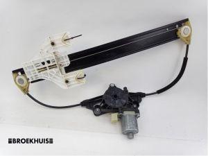 Audi A4 Ruitmechaniek 4Deurs rechts-achter