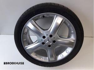 Mercedes ML-Klasse Sportvelgenset + banden