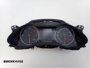 Audi A4 Tellerklok