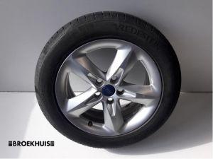 Ford Focus Sportvelgenset + banden