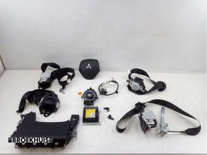 Mitsubishi Eclipse Cross Airbag Set+Module