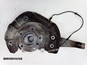 BMW 5-Serie Fusee links-voor