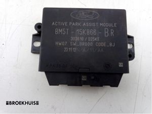 Ford Focus PDC Module