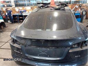 Tesla Model S Achterklep