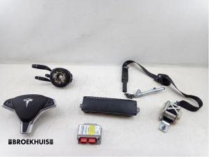 Tesla Model S Airbag Set+Module