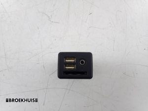 Opel Insignia AUX/USB aansluiting