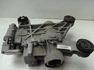 Audi Q3 Cardanklok achter