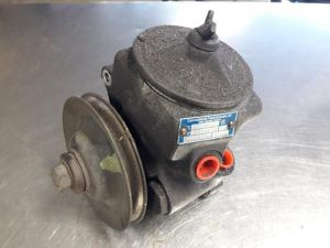 Mercedes 260SE-600SEL Vacuumpomp (stuur)
