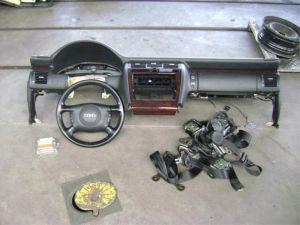 Audi A8 Module + Airbag Set