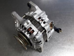 Mazda 323 Alternator