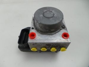 Toyota IQ ABS Pomp