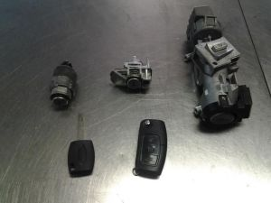 Ford C-Max Slotenset Cilinder (compleet)