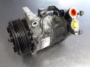 Mazda 3. Aircopomp