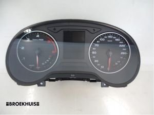 Audi A3 Tellerklok